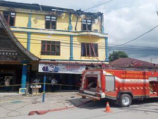 BIDLABFOR Polda Sumut Olah TKP Dan Selidiki Kebakaran Kantor Pelayanan Pajak Pratama Balige