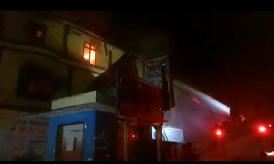 Gedung Kantor Pratama Balige terbakar