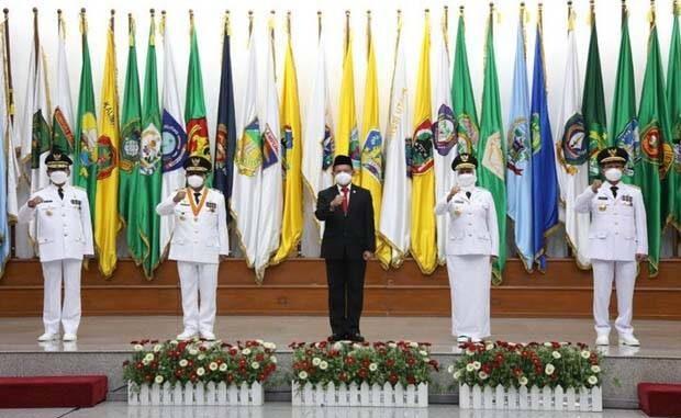 Menteri Dalam Negeri (Mendagri) Tito Karnavian melantik empat pejabat Kementerian Dalam Negeri (Kemendagri) sebagai Pejabat Gubernur. Foto/Dita Angga