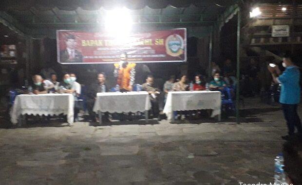reses anggota Dewan perwakilan rakyat daerah ( DPRD( propinsi sumatra utara Tomas Dachi ,SH, bersama rombongan