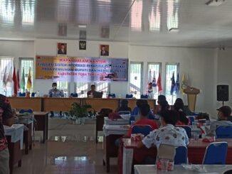 Evaluasi sirekap di Aula Kantor KPUD Toba pada Jumat (12/2/2021).