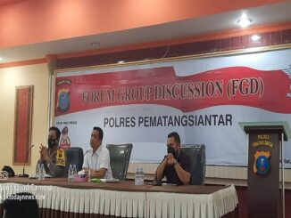 Kapolres Pematangsiantar AKBP Boy Siregar saat acara forum discussion di Aula Widya Satya Brata Polres Pematangsiantar, Senin (1/3/2021).