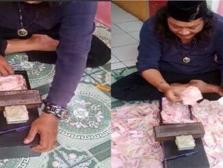 Viral video pria di Bekasi gandakan uang (Tangkapan layar)