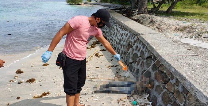Penemuan Mayat Setengah Badan Tersisa Tulang di Pantai Orong Bukal, Senin (22/3/2021).
