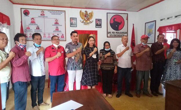 Sondi Silalahi ST mendatangi kantor DPC PDI Perjuangan, Jumat (19/3/2021