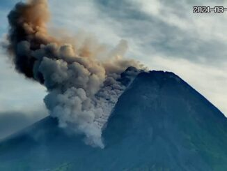 Foto : Pantauan awan panas guguran (APG) Gunung Merapi pada Sabtu (27/3) pagi. (Balai Penyelidikan dan Pengembangan Teknologi Kebencanaan Geologi (BPPTKG))