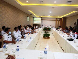 Rapat Percepatan Pembangunan Jalan Tol Pematangsiantar-Parapat bersama Pemerintah Provinsi Sumatera Utara (Pemprovsu). Rapat digelar di Hotel Horison Pematangsiantar, Rabu (31/3/2021) siang.