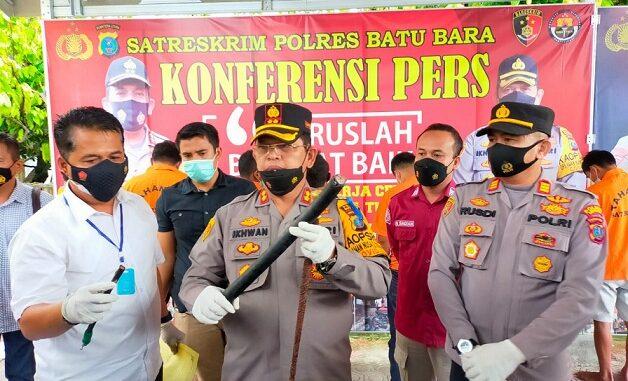 Kapolres Batu Bara AKBP Ikhwan Lubis, SH. MH didampingi Kasat Reskrim AKP Ferry Kusnadi, SH. MH mengungkapkannya pada rilisnya, Selasa (27/4/2021).