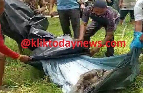Kondisi mayat Mr. X yang telah membusuk dan dikerubungi belatung tersebut, pertama sekali ditemukan Arifin (18) yang sedang memanen buah sawit, Rabu (7/4/2021) sekitar pukul 11.00 WIB.