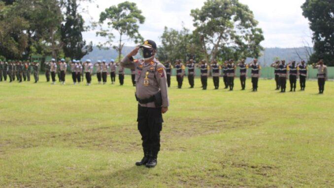Polres Tapanuli Utara melaksanakan Upacara (Apel) Gelar Pasukan di Lapangan Tangsi Tarutung, Rabu (05/05/2021)